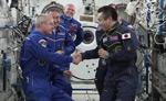 Церемония передачи командования экипажем МКС