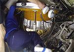 Закрытие люка МКС перед выходом российского экипажа в космос